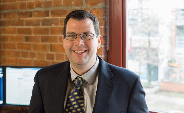 Chad Mercer, CFA, CPA, CA  Chef de l'exploitation