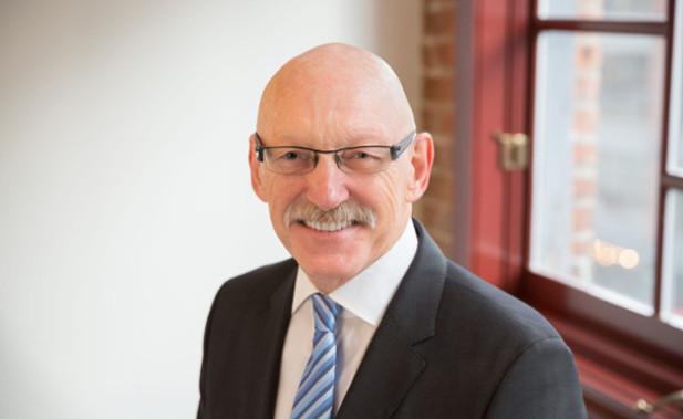 Allan Collings  Co-fondateur & Co-président du conseil