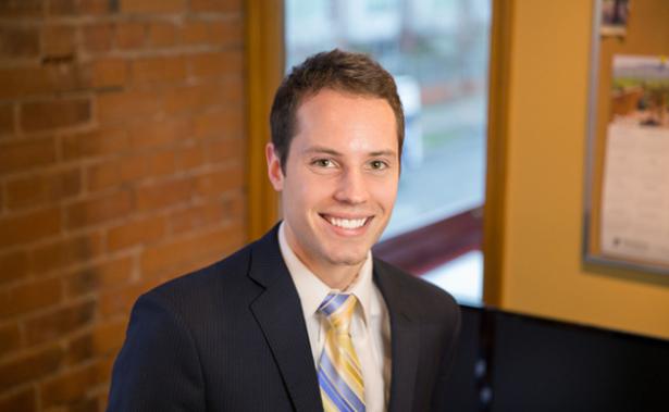 Jordan Ross  Analyste principal de fonds