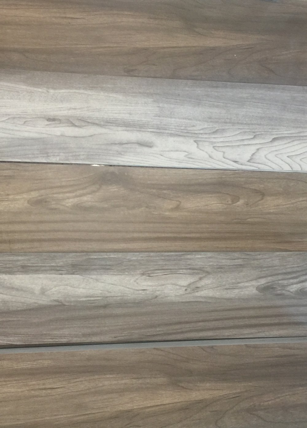 Wood look porcelain
