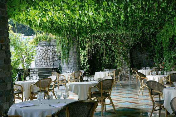 Grand Hotel Capodimonte wedding.jpg