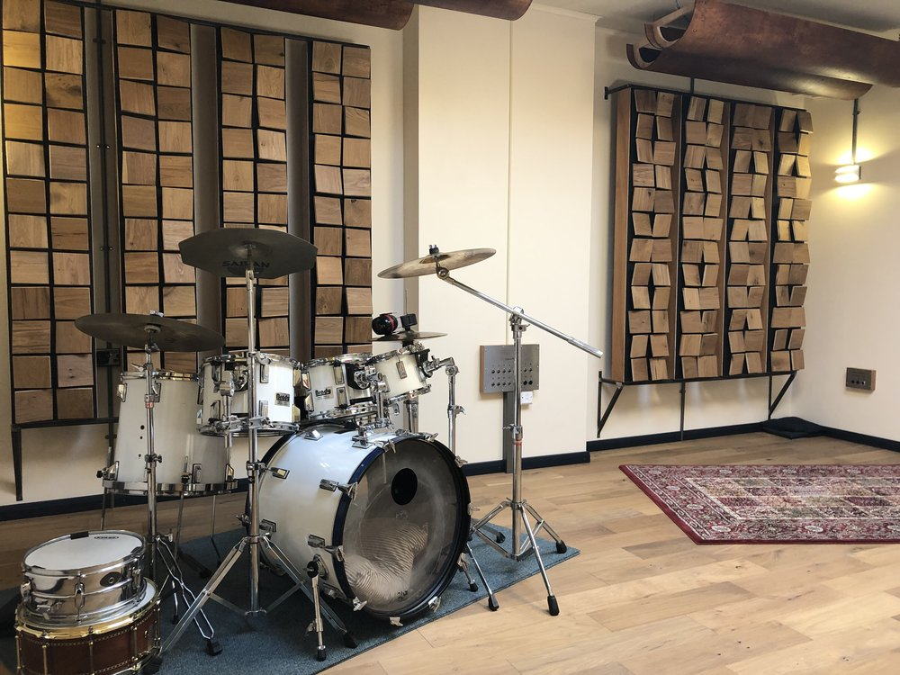 Puzzle Factory, Live Room A