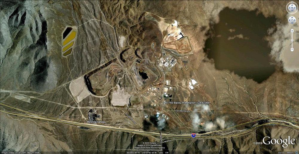 California mineral mine. Credit born1945 via Flickr/CC BY 2.0