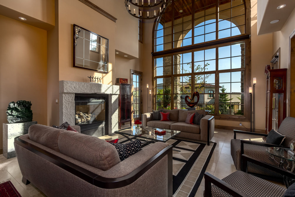 Formal Living Room - Lake Washington Views