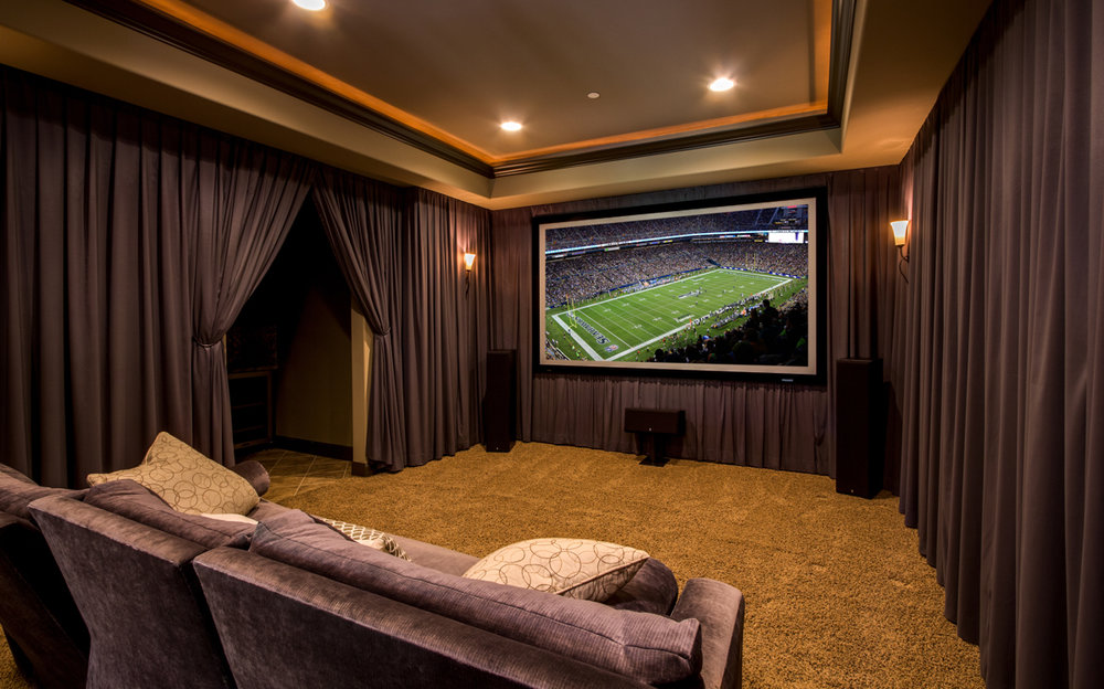 Home Theater w/ Full Wet Bar