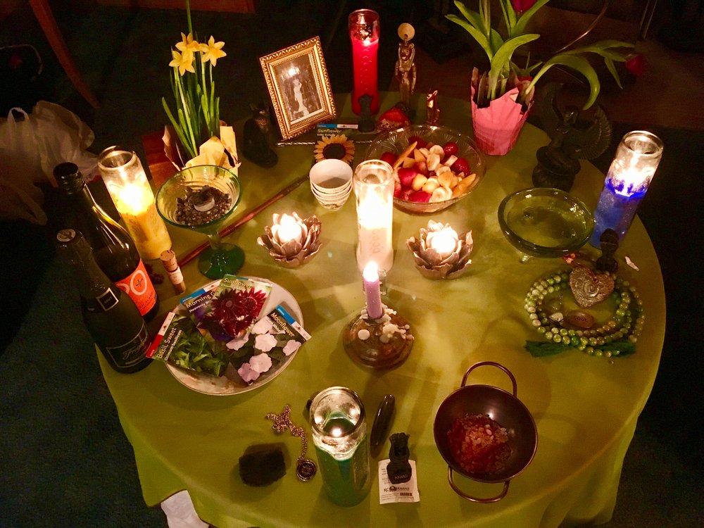 Ostara / Spring Equinox Altar, Ithaca, NY. ©TheLilithZone.com