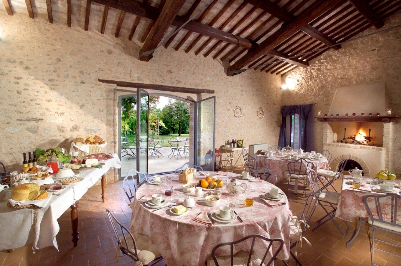 breakfast-room-interni-Large.jpg