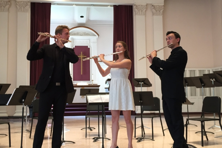 Credo Flute - July 23 - 28 (one week)  Credo Flute offers the serious musician a training ground to develop artistic and professional skills as they study solo and orchestral repertoire, strategies in audition success, and keys to developing professional vision.