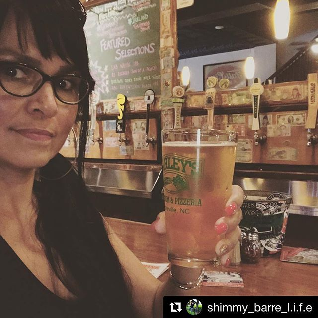 Repost @shimmy_barre_l.i.f.e Great place for a cold beer and great pizza after this mornings hike. LOVE supporting small businesses #ashevillenc #barleystaproom #barleystaproomandpizzeria #foodies