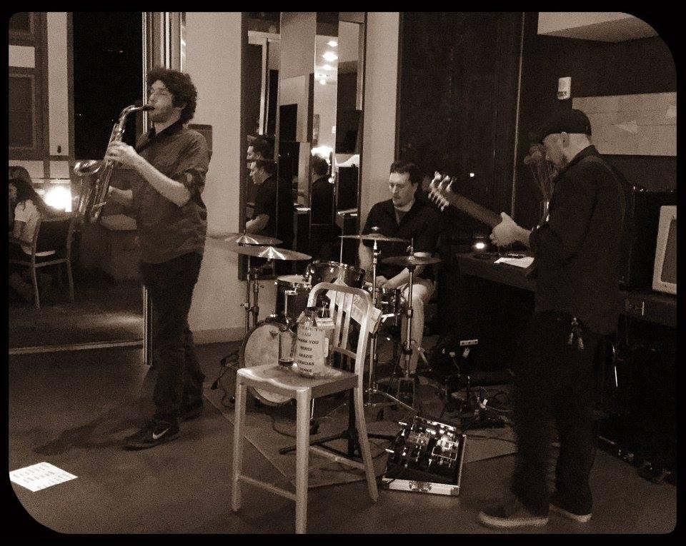 The-Berlyn-Trio-photo.jpg
