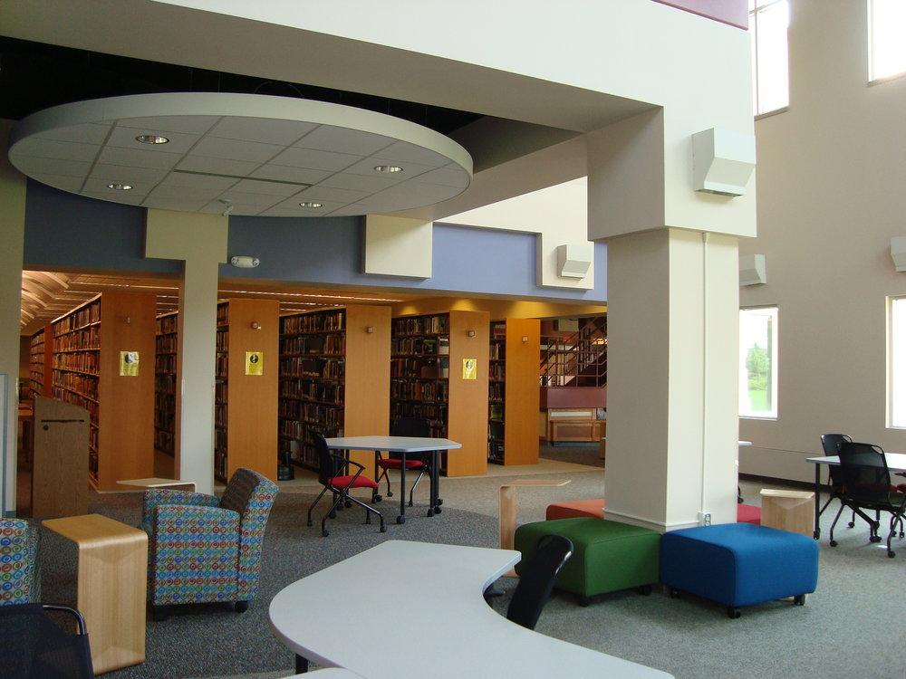 Interiors 010.jpg