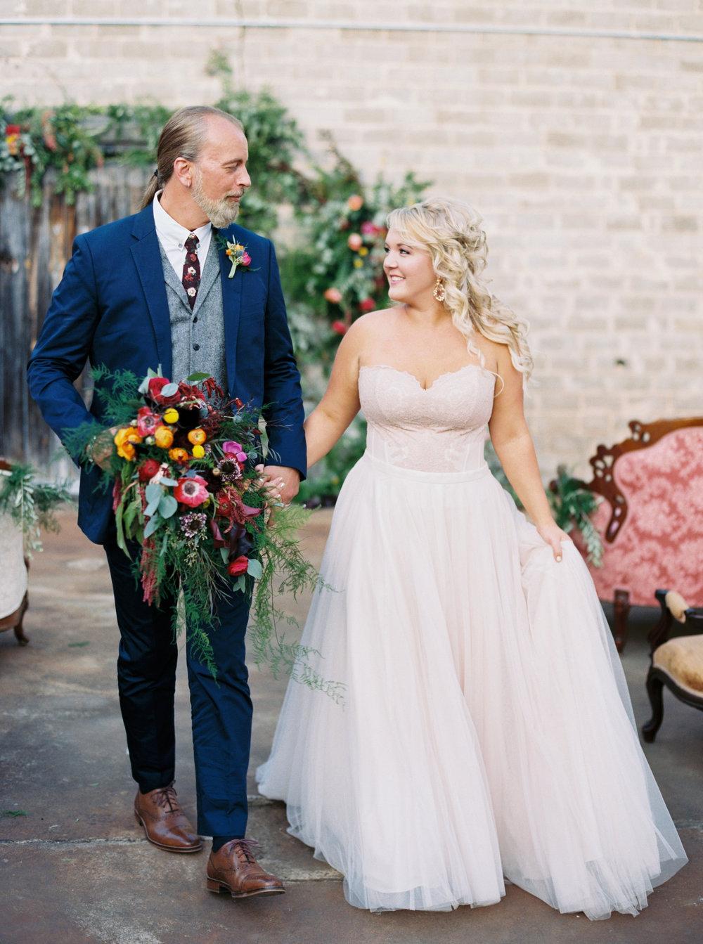 Mandi_Oliver_Chattanooga_Wedding_Abigail_Malone_Photography_Film-261.jpg