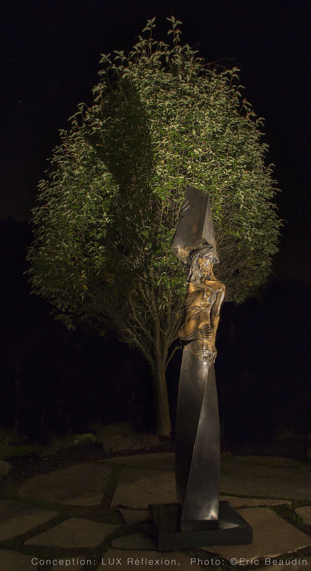 Éclairage d'oeuvres d'art, sculpture extérieure
