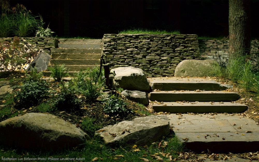 Éclairage paysager, escaliers