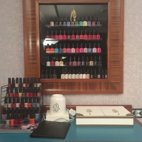 CND Shellac and Vinylux at the Burj Taliese Spa