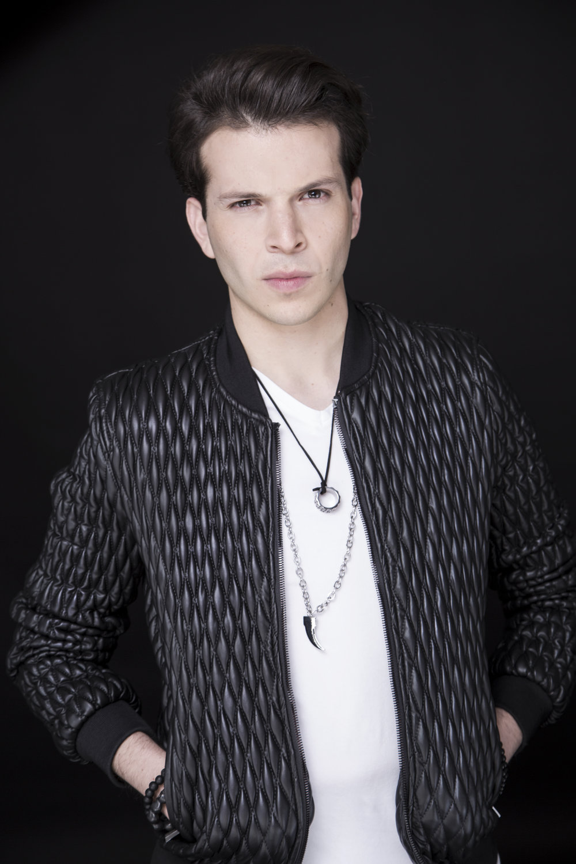 Christopher Tarin