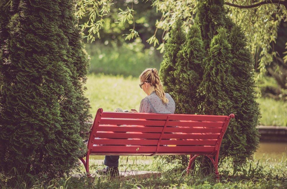 reading-bench.jpg