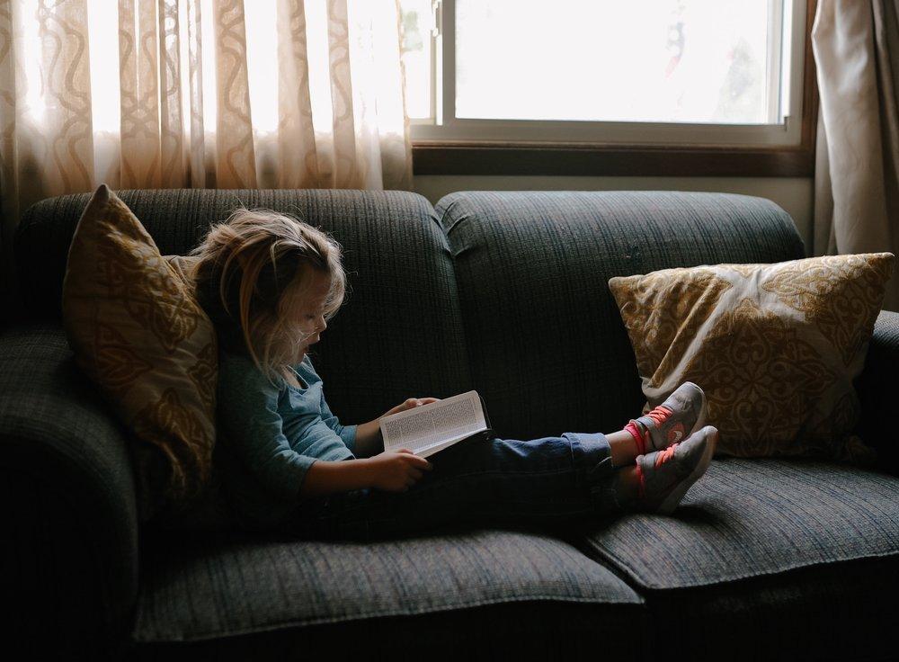 child-reading.jpg