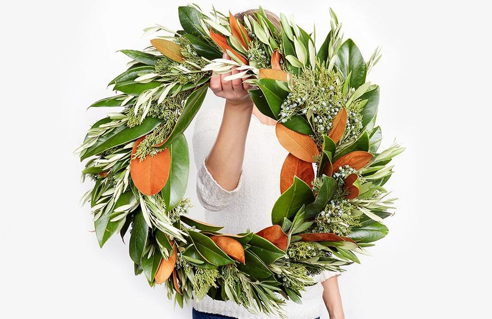 the-magnoli-ya-wreath-collection_feature-featured-image-magnolia.jpg