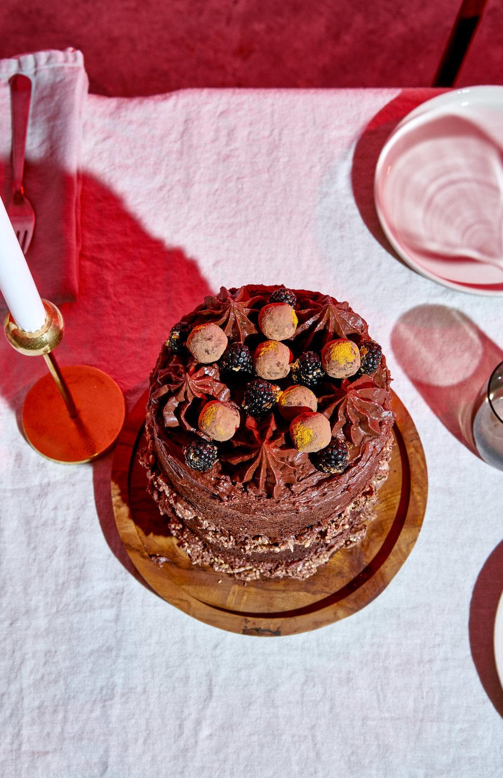 west-elm-xmas-cake-04.jpg
