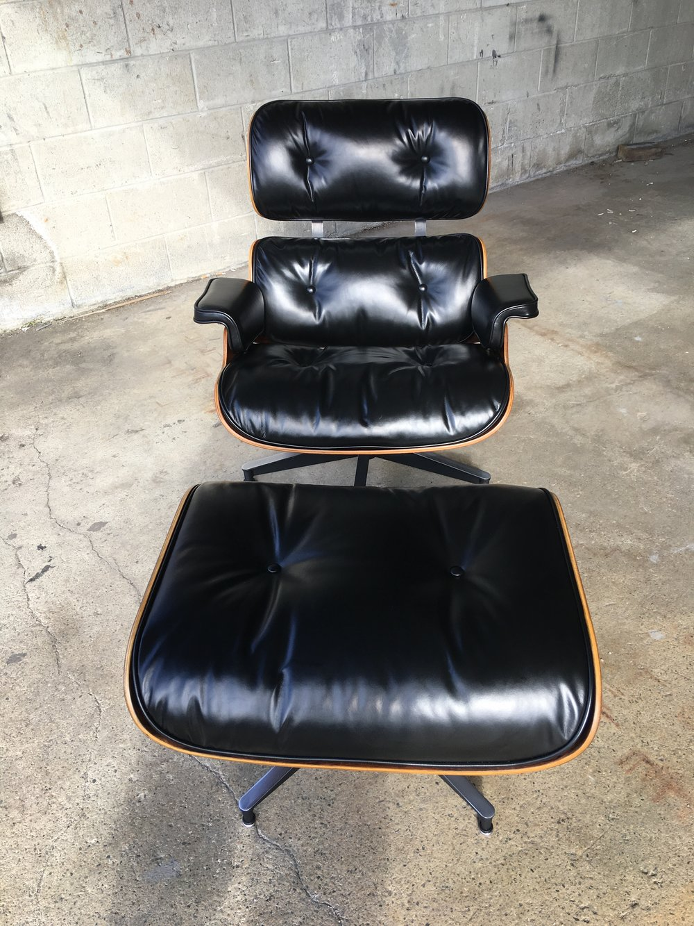 New Eames Lounge Leather