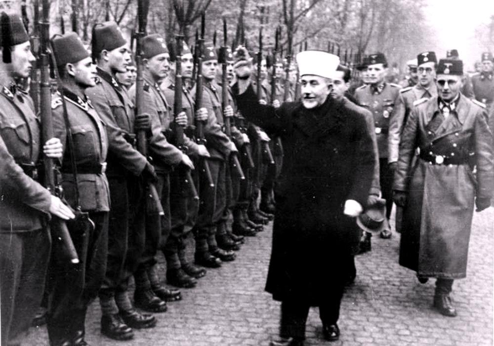 al husseini mufti nazis salute.jpeg