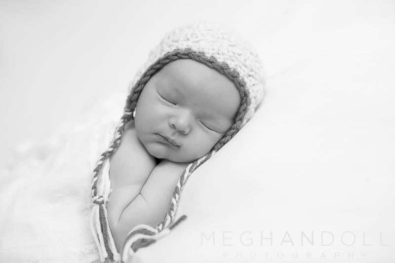 soft-little-newborn-boy-dreams-in-sweet-little-knit-hat