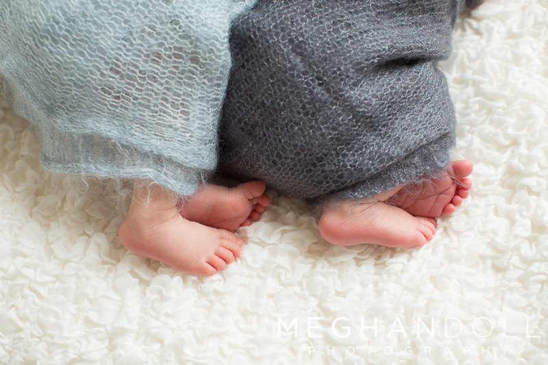 twin-baby-brother-toes
