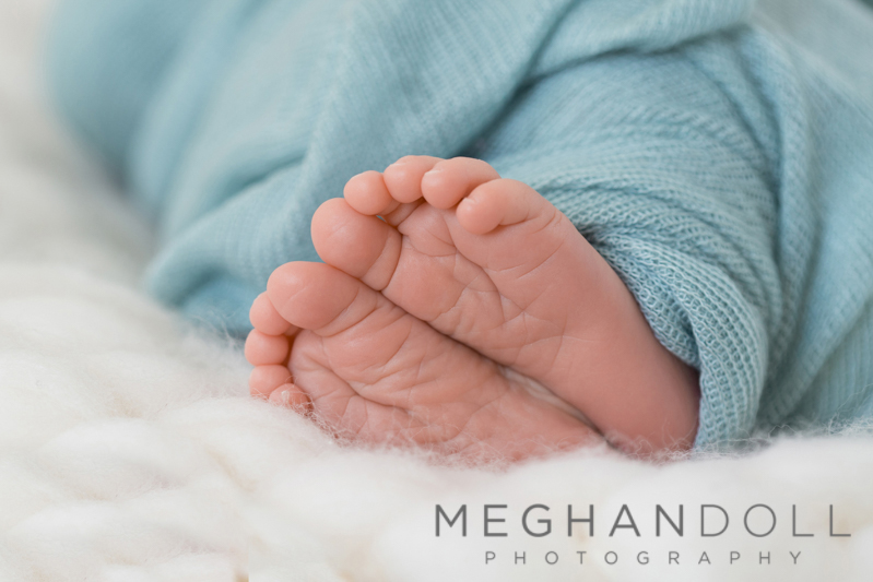 close-up-of-newborn-feet.jpg