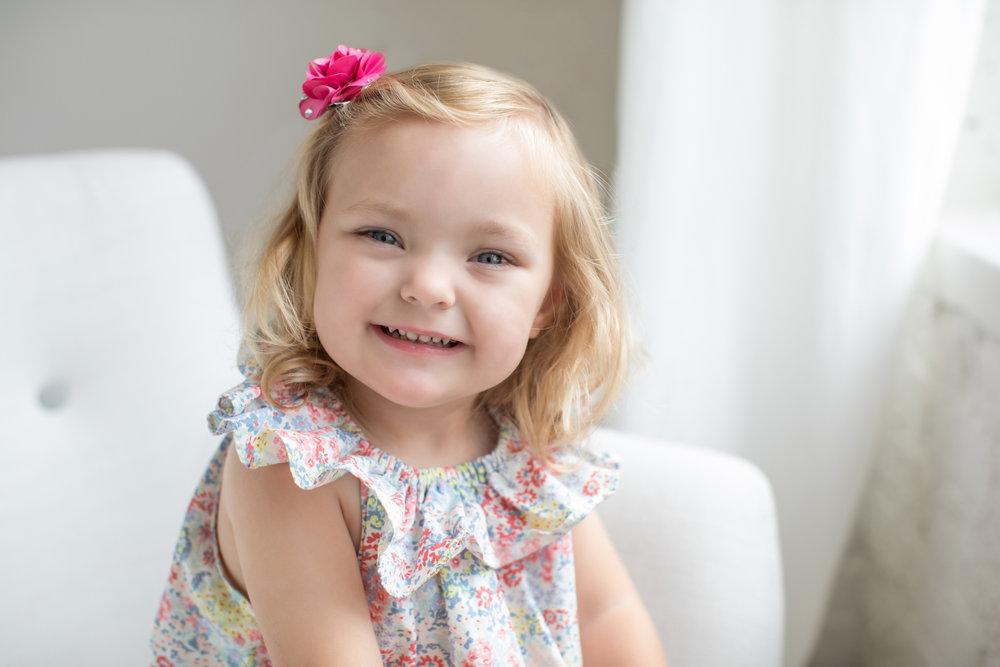 happy_little_girl_smiles.jpg
