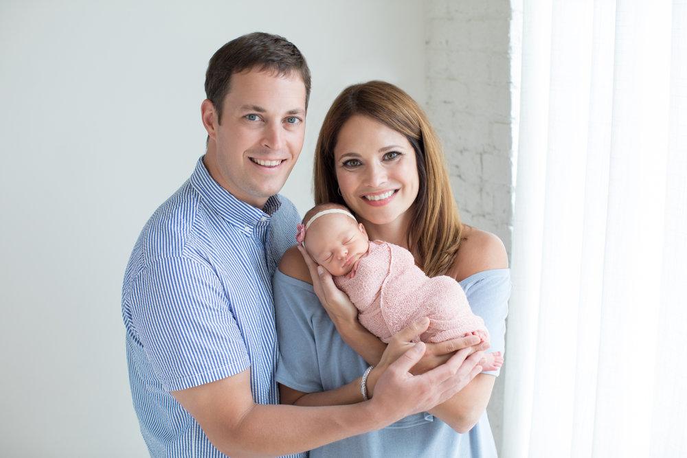 modern_family_smiling.jpg