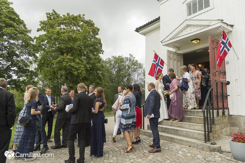 Varteig kirke_ bryllup_sarpsborg_bryllupsfotograf_camillast