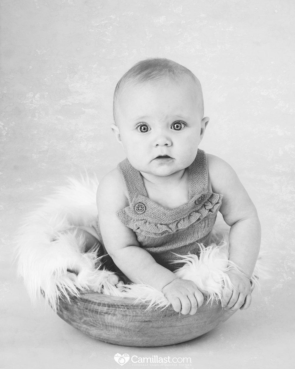 6 måneders babyfotografering fotograf