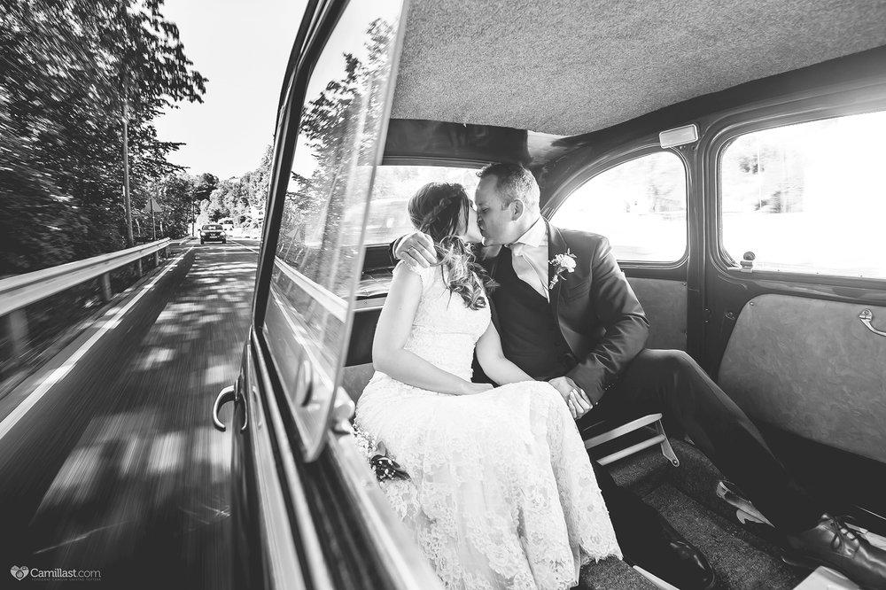 bryllupsfotograf i bil.jpg