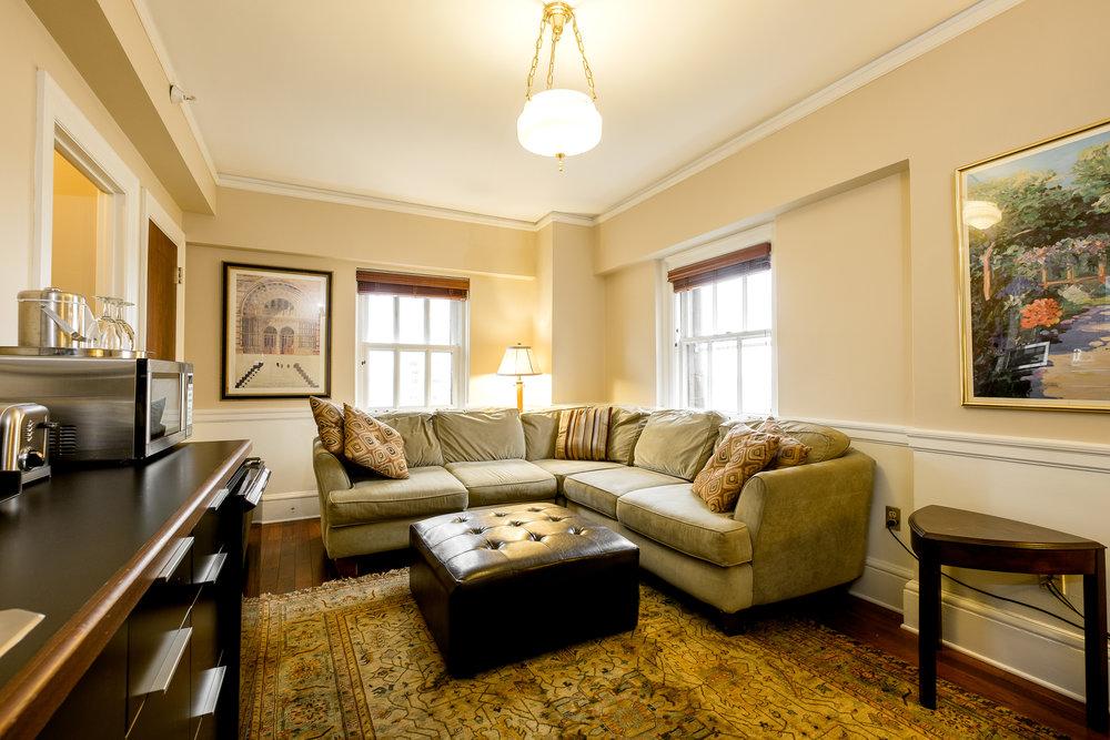 1103 Living Room 2.jpg