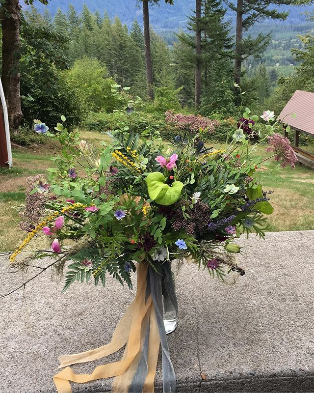 "Today's bouquet candid. Hana wanted, ""bohemian, forest, a little magical... a little fanciful."" Oh girl, I got your ferngully! ✨"