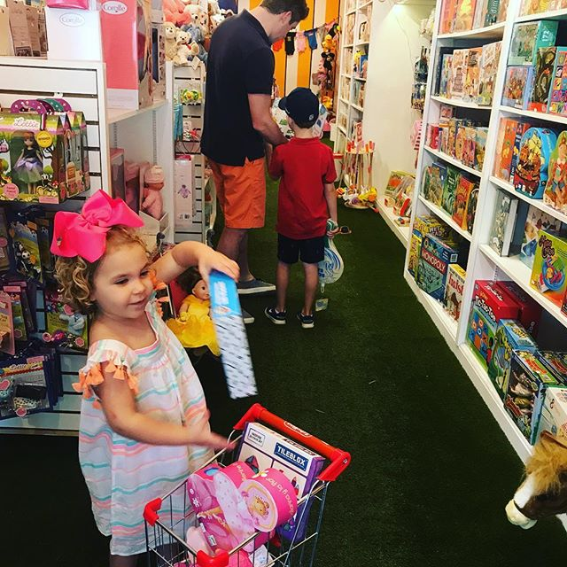 Filling up her cart with the best toys  #myfavoritecustomer #besttoystoreinpalmbeach #specialtytoys #smallbusinesslove