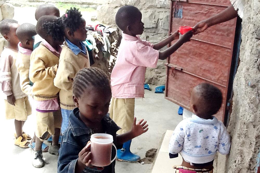 orphanage feeding3.jpg