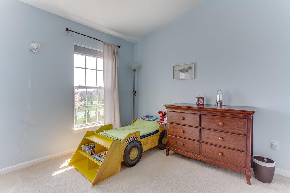 326 Baish Dr SE Leesburg VA-print-025-32-Bedroom 2-4200x2800-300dpi.jpg