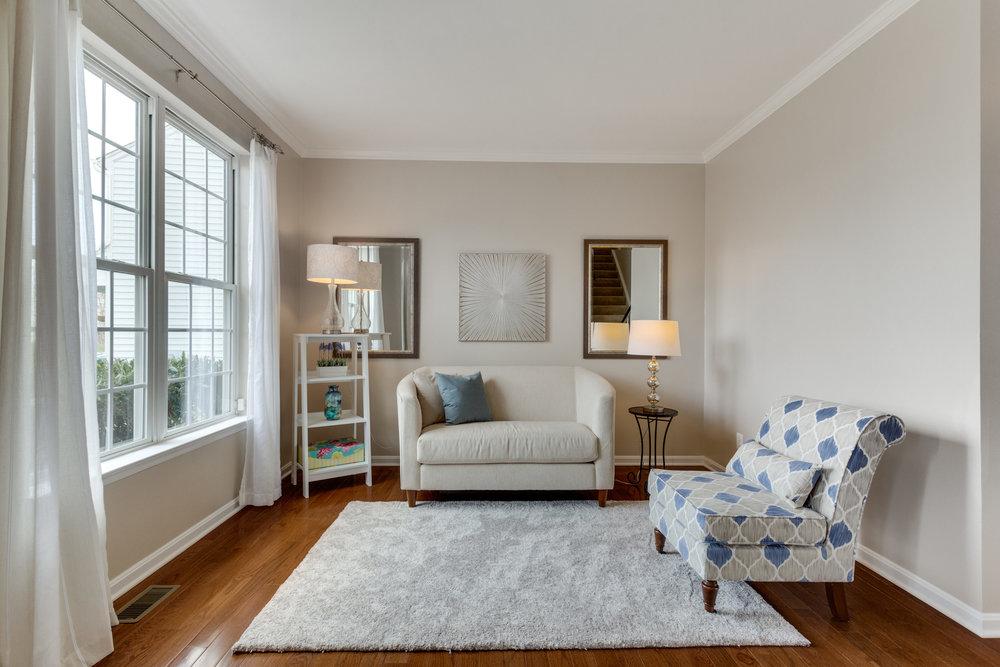 21514 Plymouth Pl Ashburn VA-print-014-28-Living Room-4200x2800-300dpi.jpg