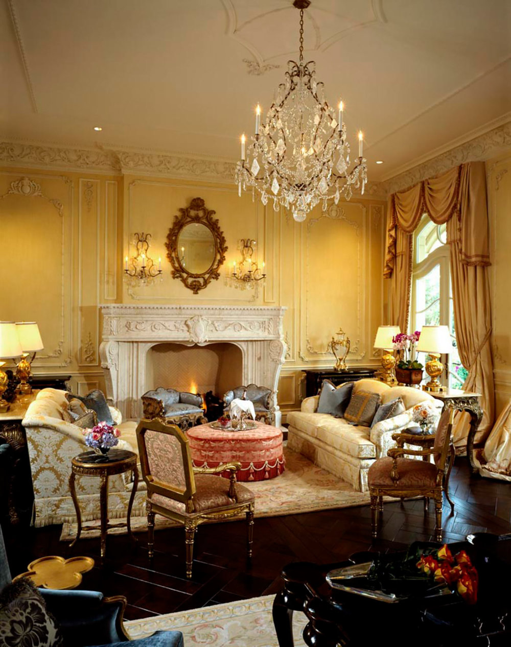 window treatments, custom upholstery, throw pillows Interior Design: Howard Design Group