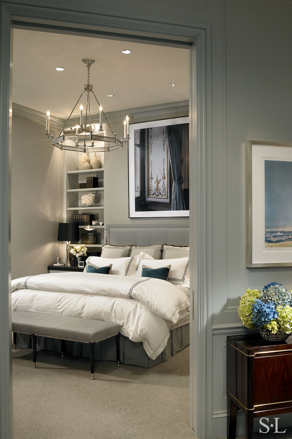 custom headboard & bedding  Interior Architecture & Design: Suzanne Lovell, Inc.