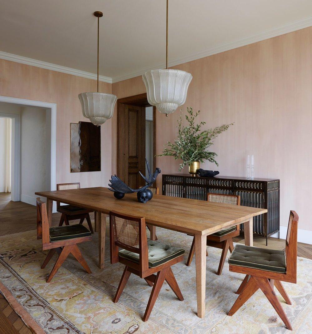 custom upholstery, custom seat cushions upholstered in silk velvet, leather cording & plain tufts  Interior Architecture & Design: Kara Mann Design | Photography: Richard Powers