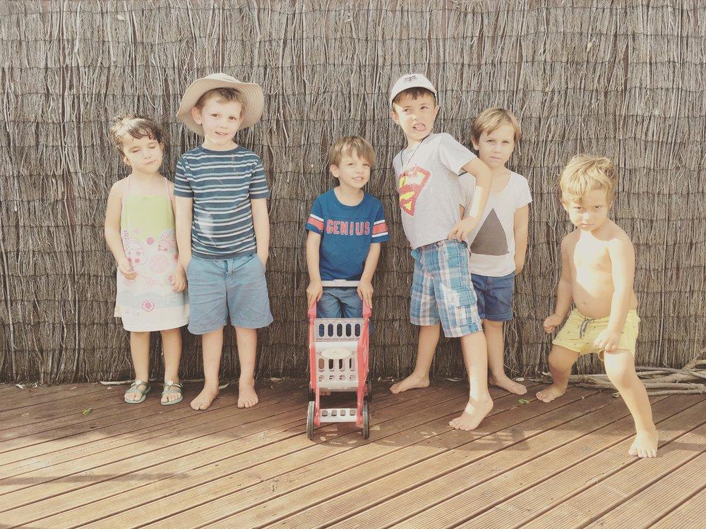 Ela, Lucca, Marco, Pablo, Beni y Blas