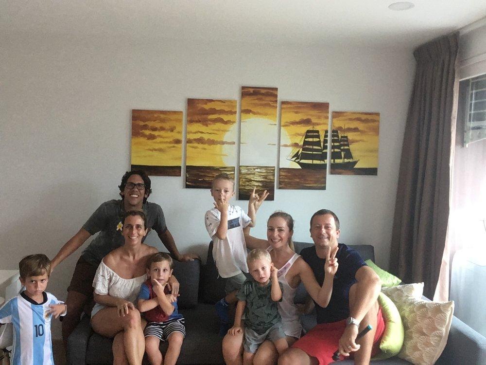 En Tailandia, con David, Janka, Oli and Jakob.