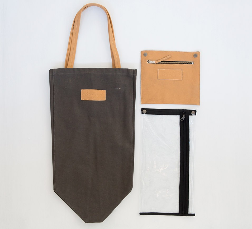 03-Adventure-Tote-Charcoal