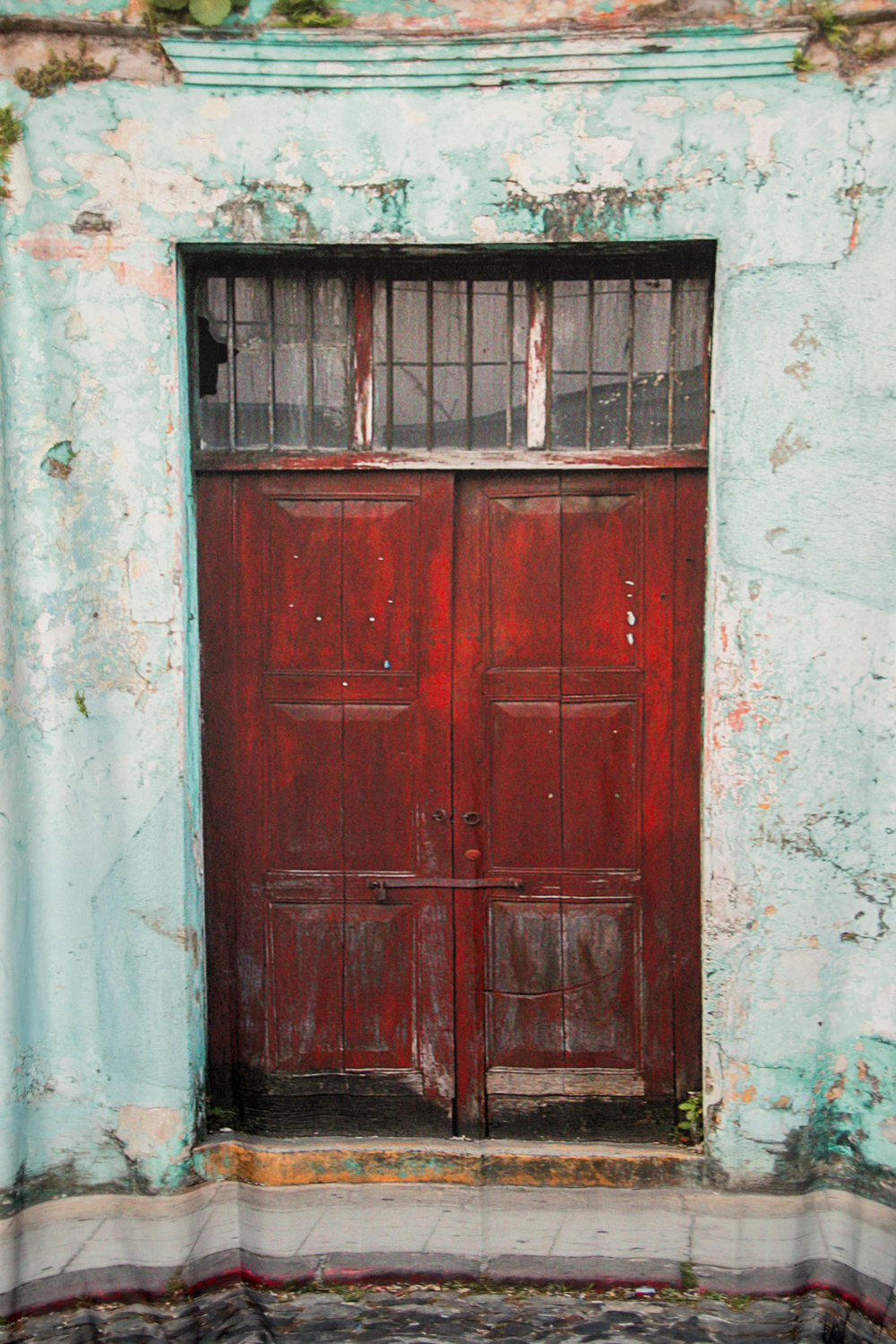 red door blue wall-842.jpg