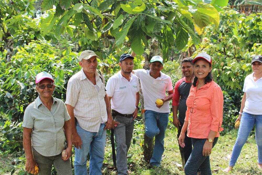 GFE Farmer Ivania Calderon Team.JPG