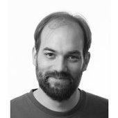 Florian Gilcher - Florian Gilcher er CEO i Asquera. Han er meget sterk i Ruby og Rust samtidig som han investerer mye tid i Ruby, Rust og Elastic/solr community. Florian er også organisator i flere konferanser.