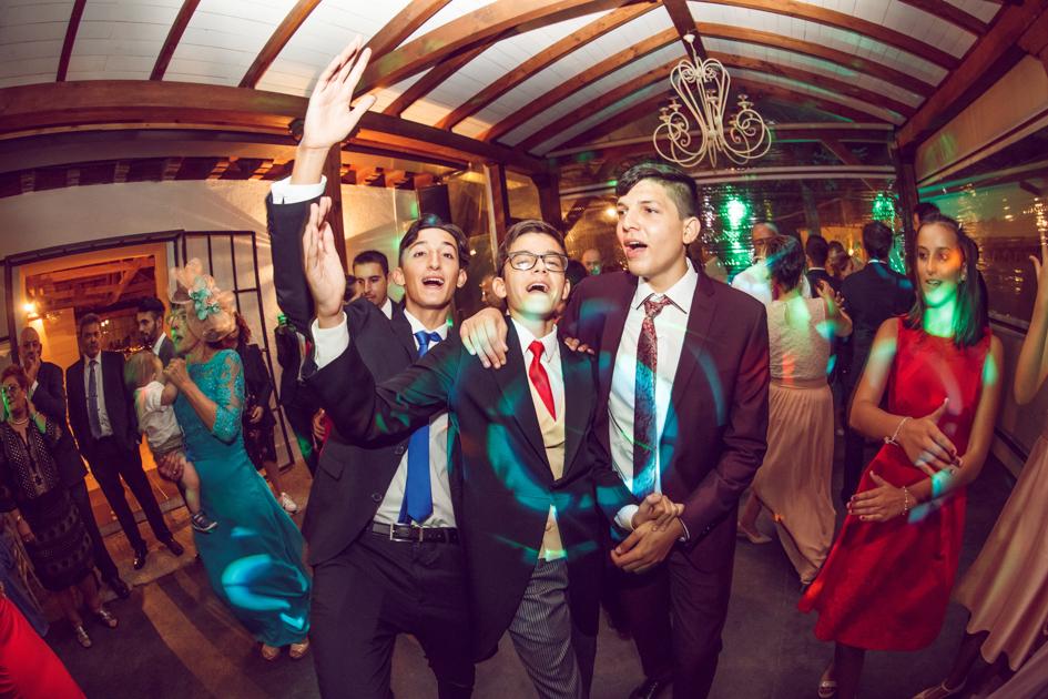 invitados en una boda